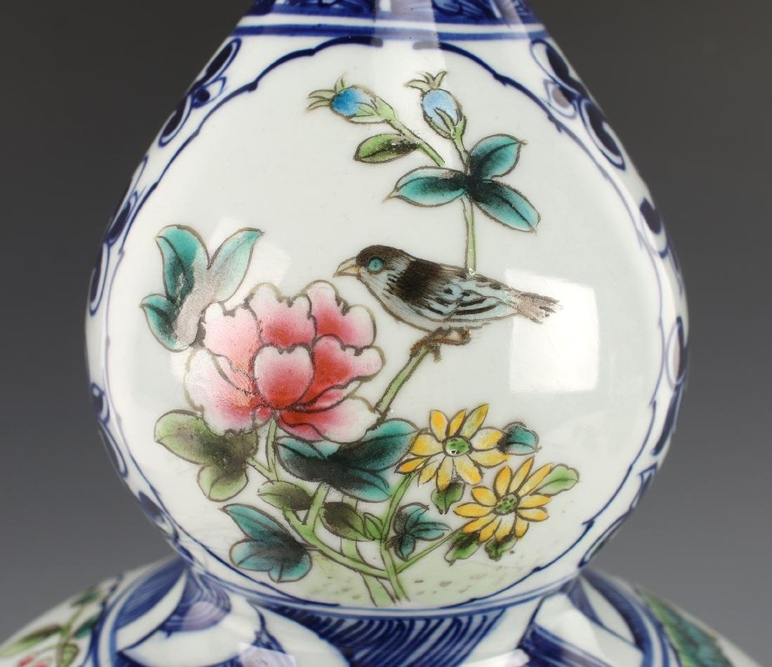 BLUE AND WHITE DOUBLE GOURD VASE - 5