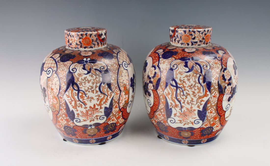 PAIR OF MATCHING GINGER JARS WITH TWO LIDS - 6