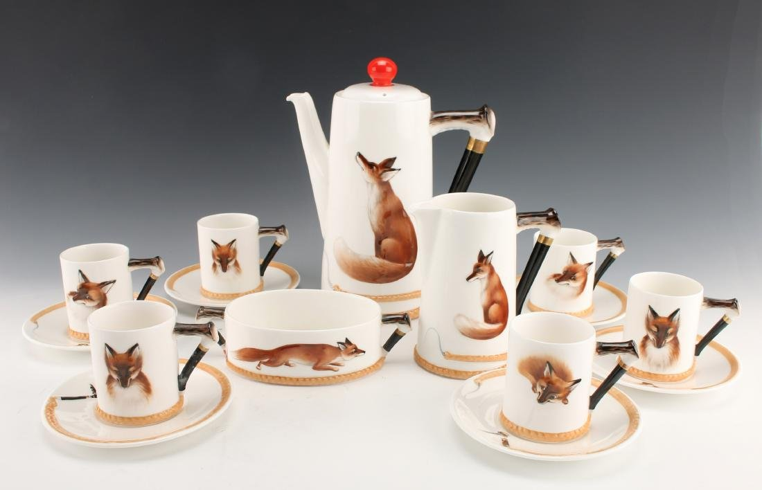 15 PIECE ROYAL DOULTON REYNARD THE FOX COFFEE SET