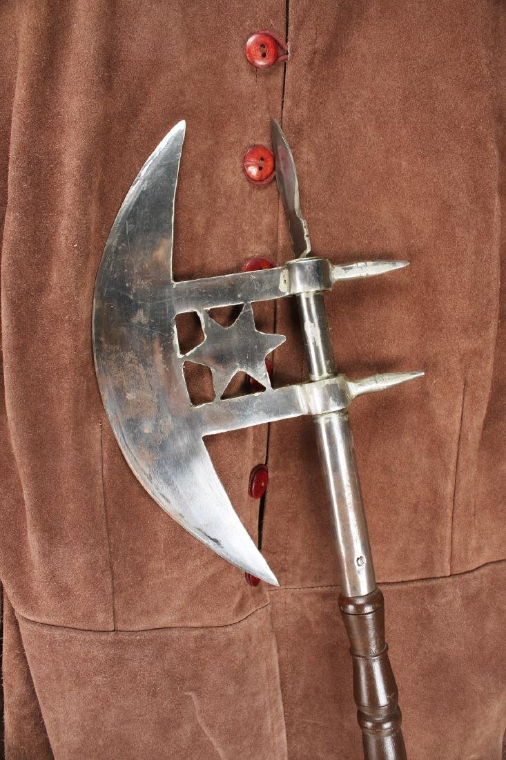 """COLLECTION OF """"MUSEUM REPLICA"""" WEAPONS & GARB - 8"""