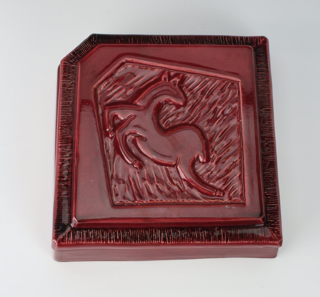 1940'S CERAMIC DEER CIGARETTE BOX