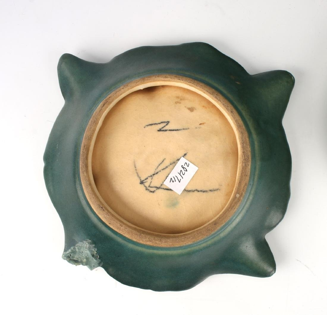 TWO PIECES OF ROSEVILLE STYLE CERAMICS - 4