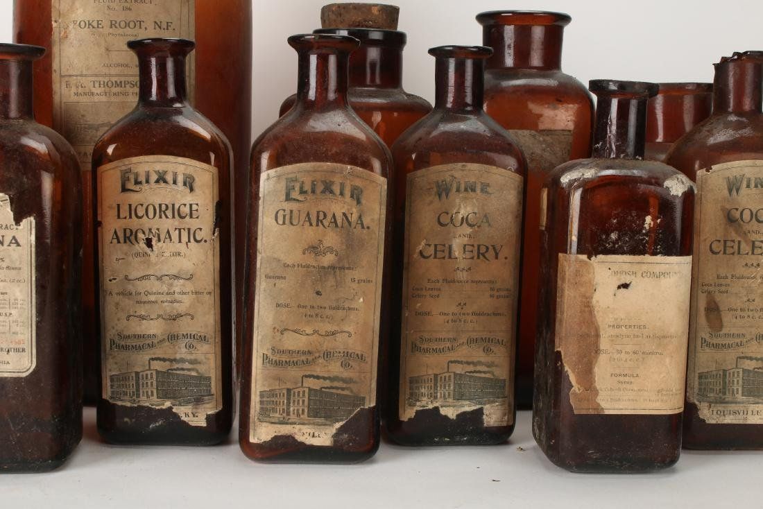 LARGE LOT OF APOTHECARY BOTTLES - 5