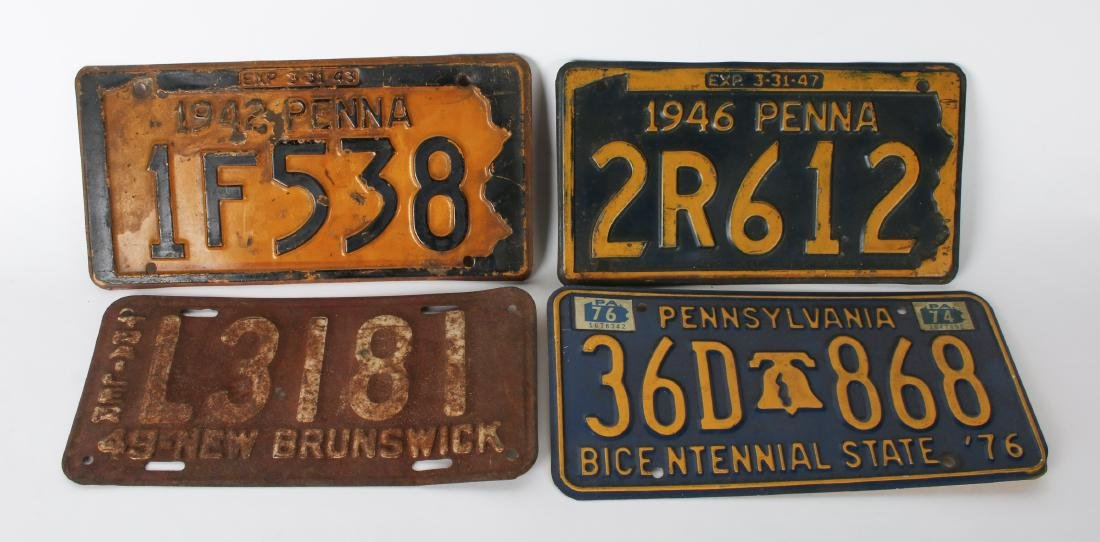FOUR VINTAGE LICENSE PLATES, THREE PA