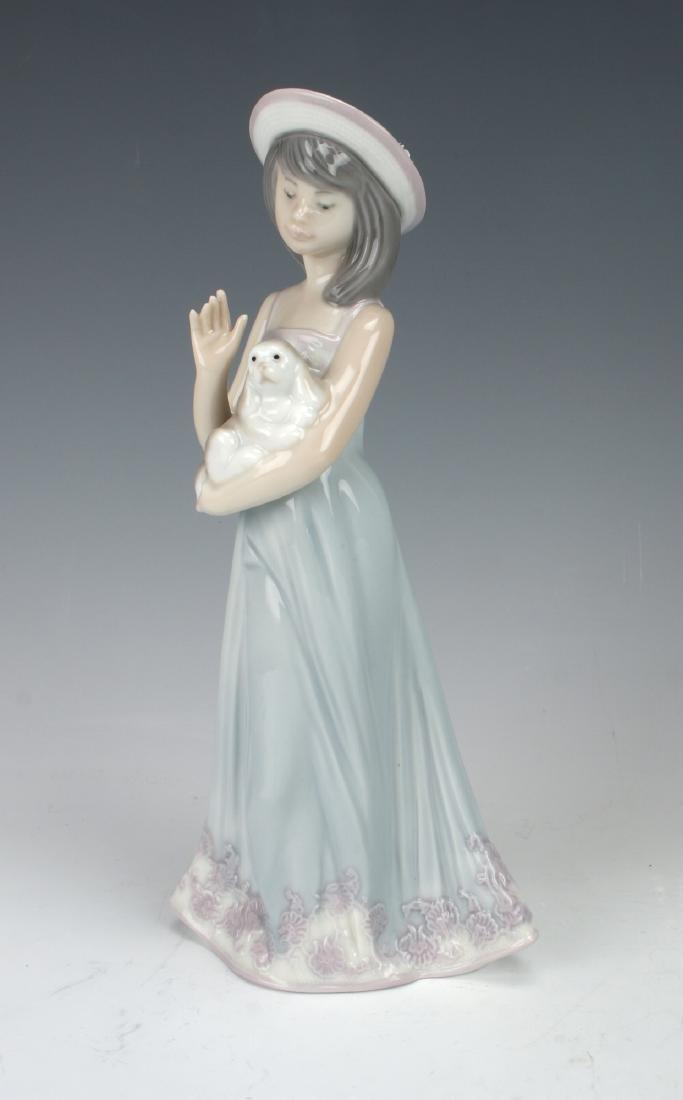 """LLADRO GIRL WITH DOG """"ELIZABETH"""" #5645"""