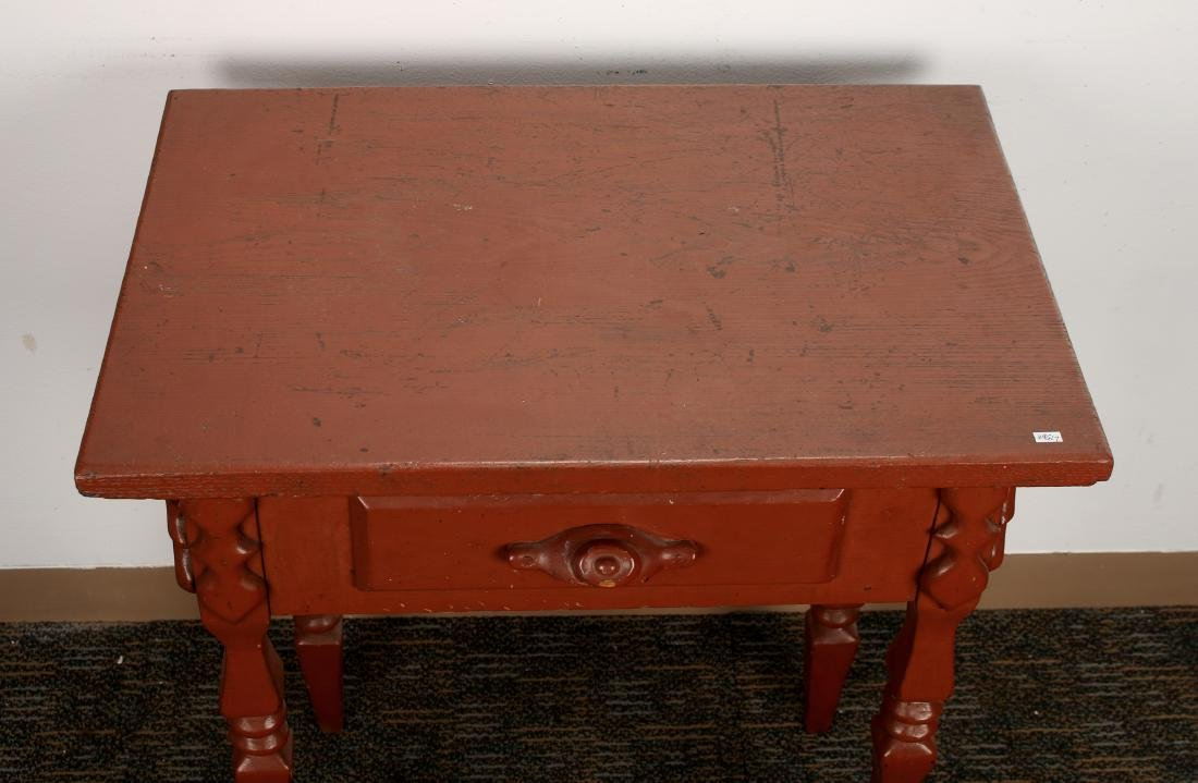PAINTED END TABLE - 4