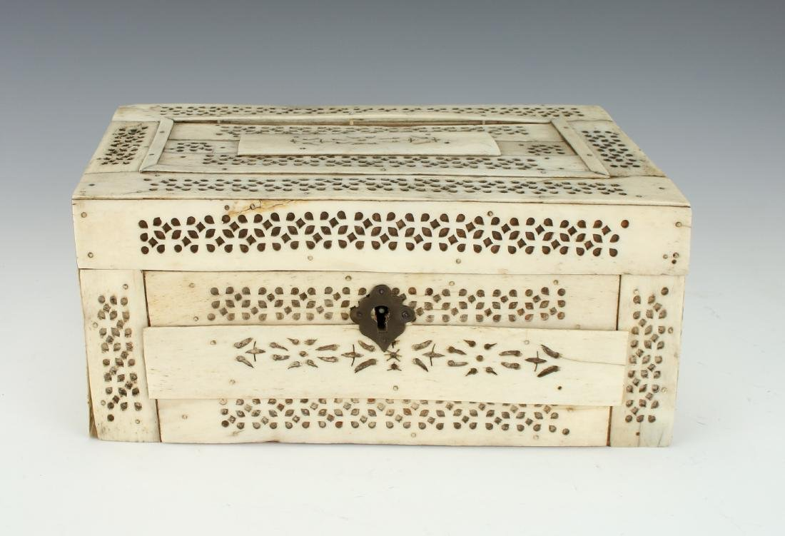 BONE DECORATED BOX - 3