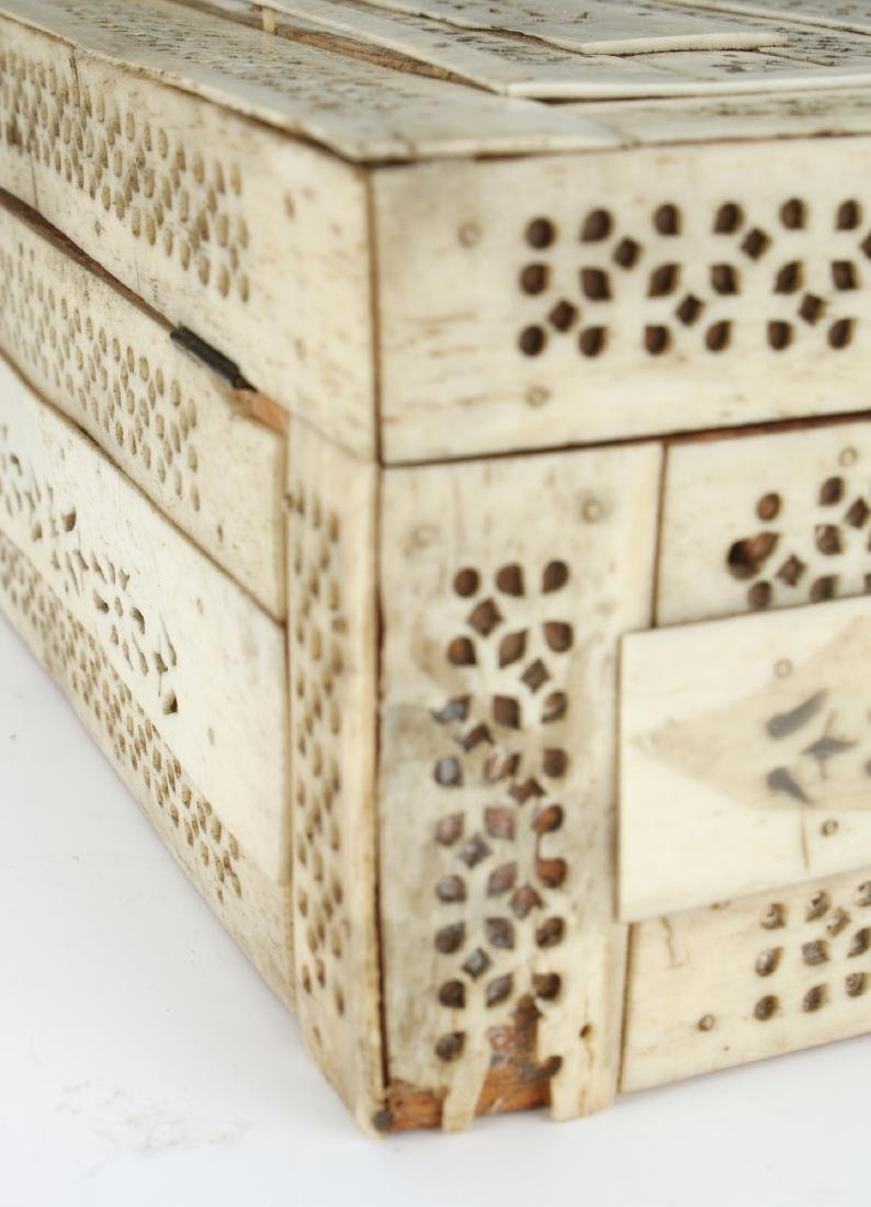 BONE DECORATED BOX - 6