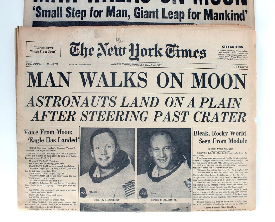 NEW YORK TIMES, PHILA INQUIRER MAN ON MOON 1969 - 3