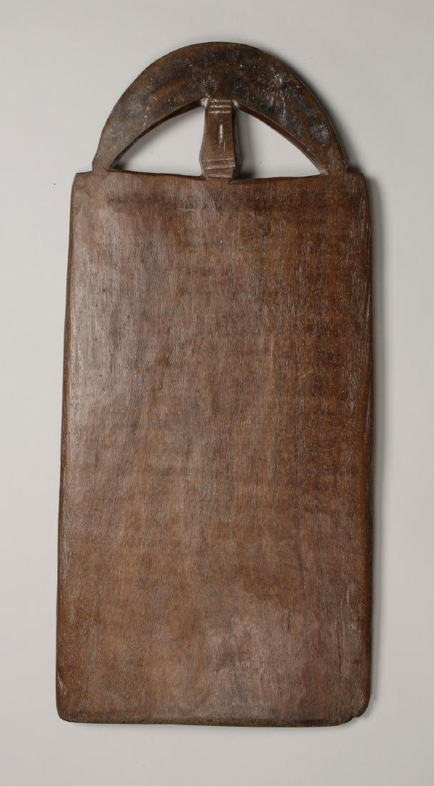 AFRICAN WOODEN BOARD