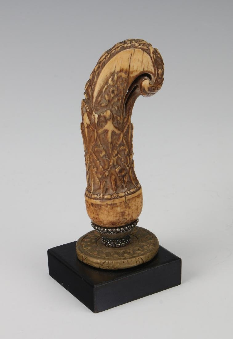 MOUNTED BONE CANE HANDLE