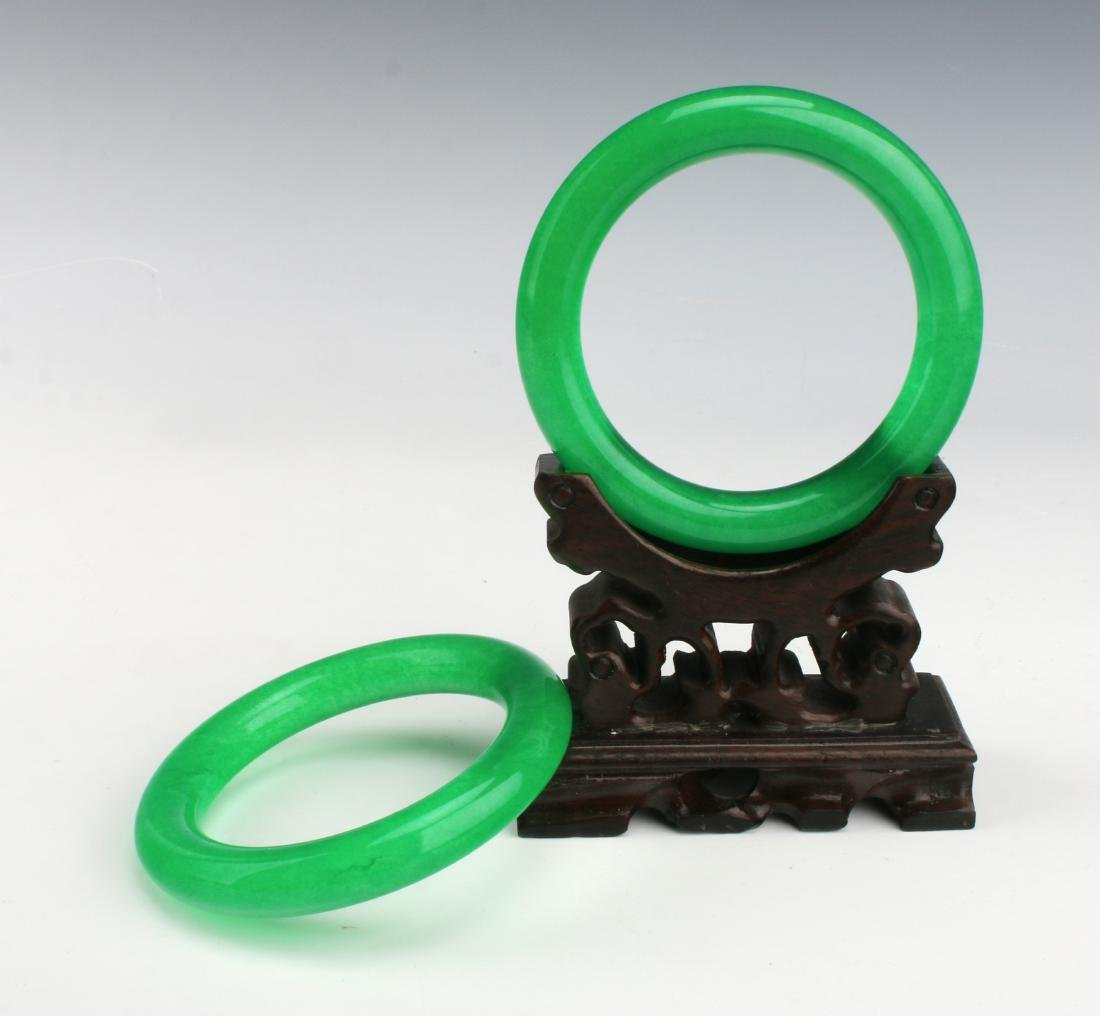 PAIR OF CHINESE GREEN JADE BANGLES - 3