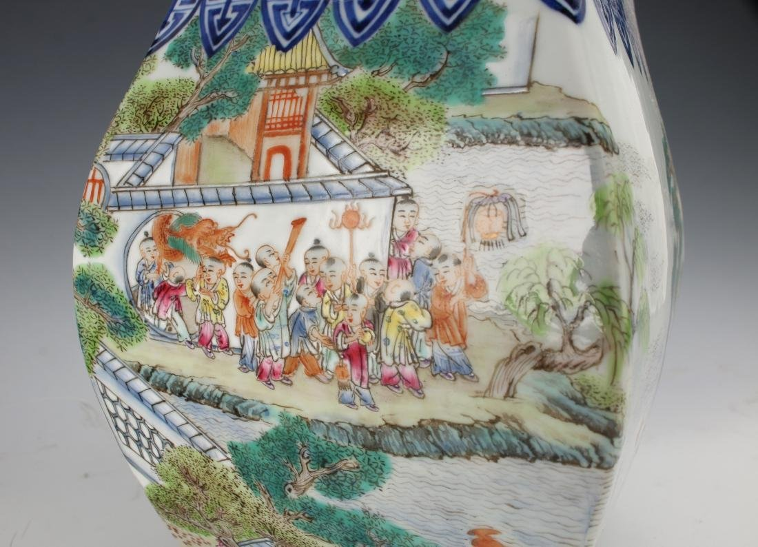VERY FINE QIANLONG 100 CHILDREN FAMILLE ROSE VASE - 4