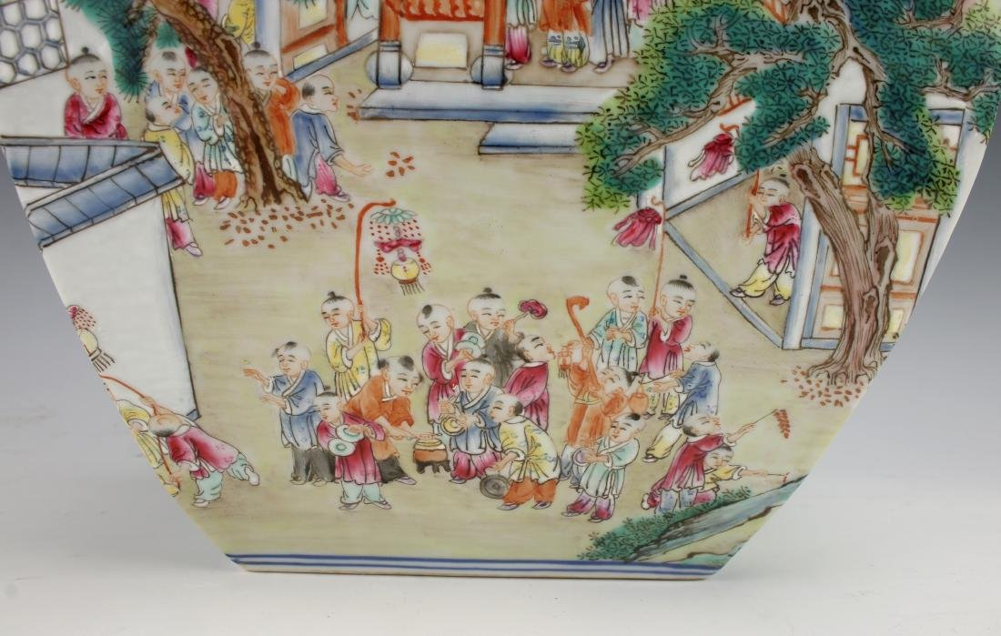 VERY FINE QIANLONG 100 CHILDREN FAMILLE ROSE VASE - 8
