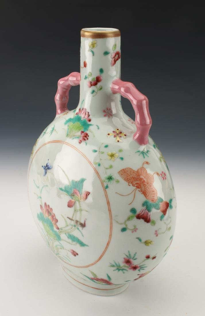 SMALL QING DYNASTY BUTTERFLY MOON FLASK - 3