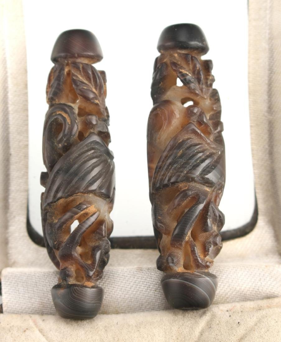 PAIR OF CARVED DZI BEADS IN BOX - 5