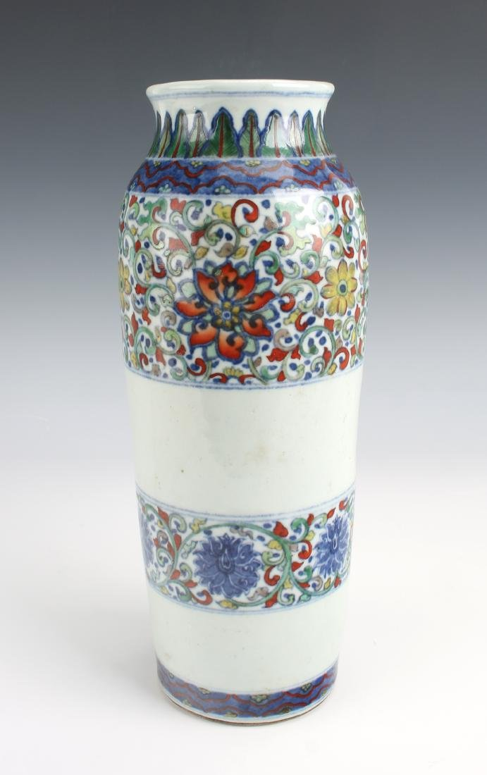TRANSITIONAL PERIOD CYLINDRICAL DUCAI FLOWER VASE