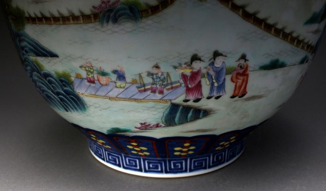 CHINESE FAMILLE ROSE QIAN LONG MARKED VASE - 8