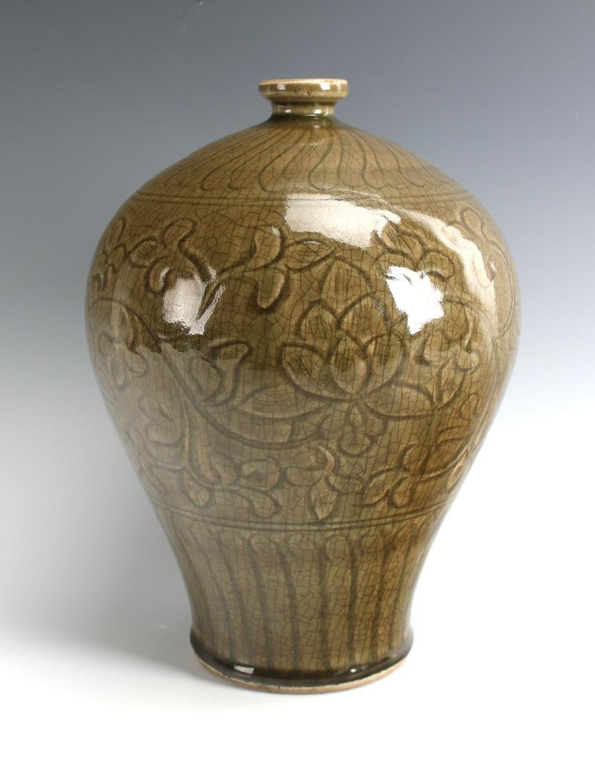 GREEN MEIPING VASE - 9