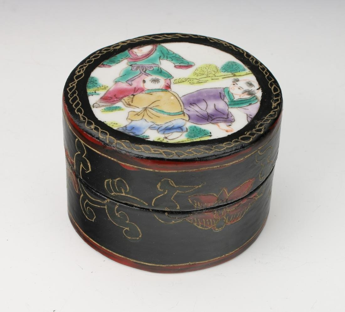 BLACK LACQUER BOX WITH PORCELAIN INSET