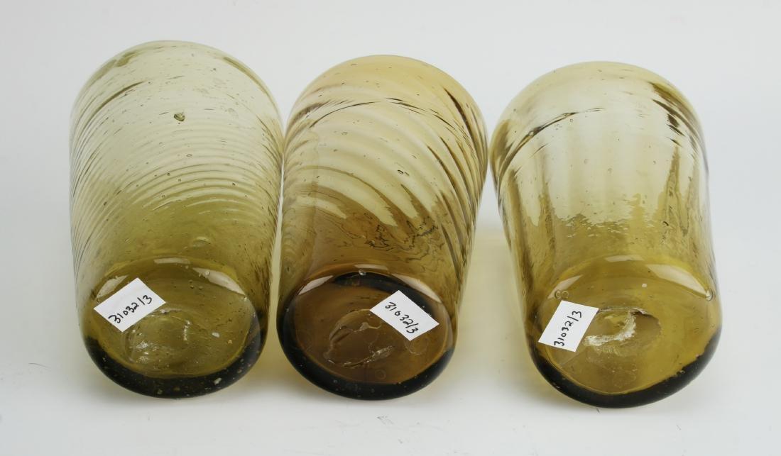ANTIQUE 3 AMBER SWIRL GLASSES - 3