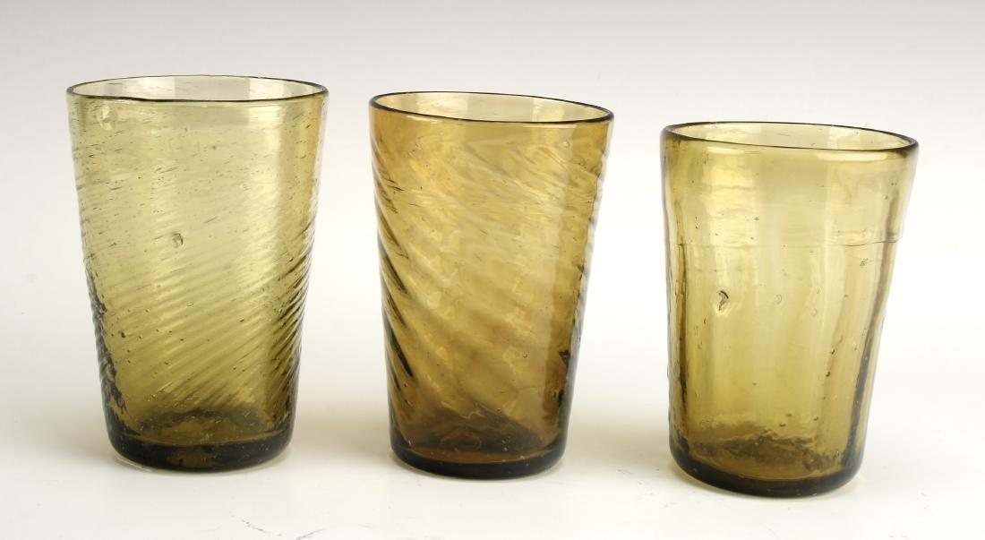 ANTIQUE 3 AMBER SWIRL GLASSES - 4