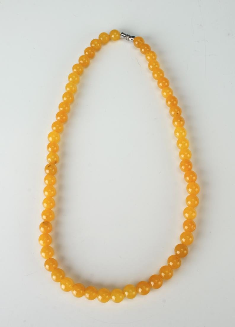 YELLOW JADE BEAD NECKLACE