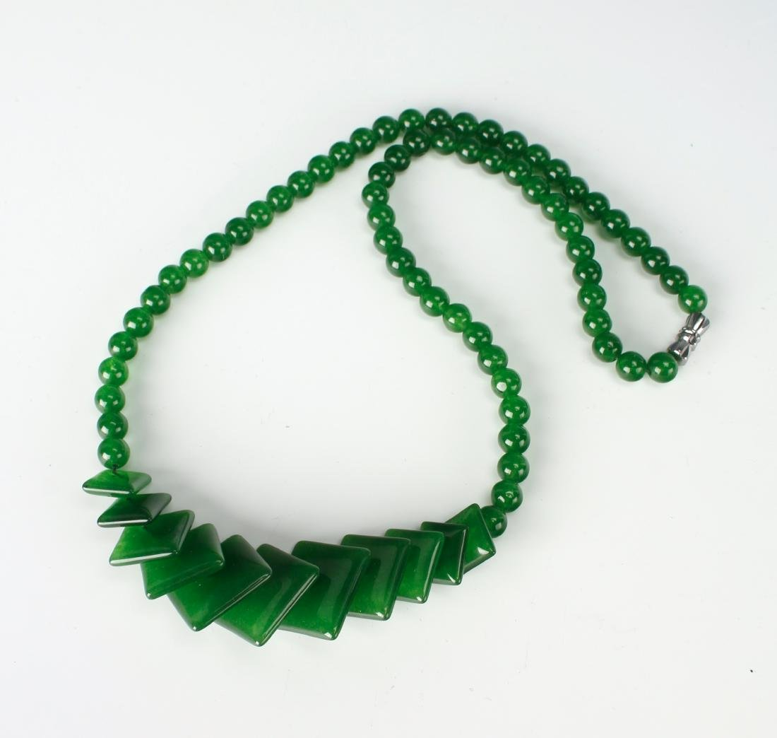 GREEN JADE NECKLACE WITH SQUARE BEADS - 3