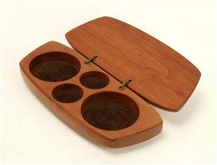 FINELY CRAFTED ITALIAN PEARWOOD JEWELRY BOX
