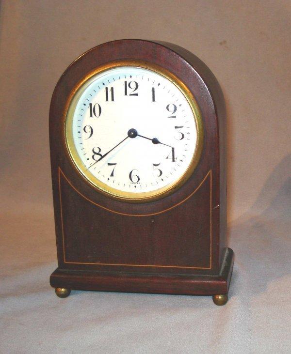 20: Dome top desk clock