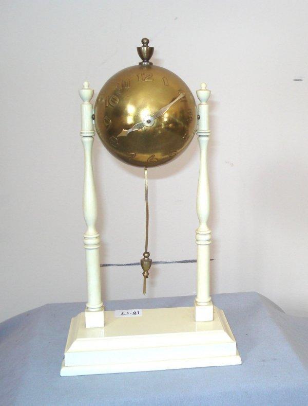 15: Globe Clock