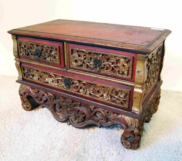 20: Carved Jewelry Chest