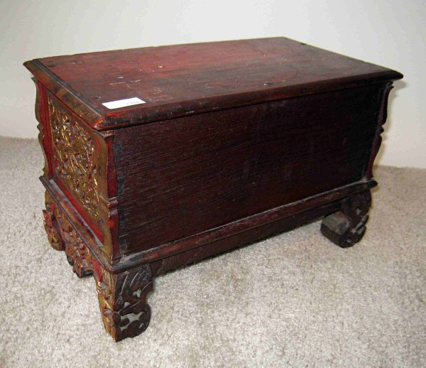 20: Carved Jewelry Chest - 3
