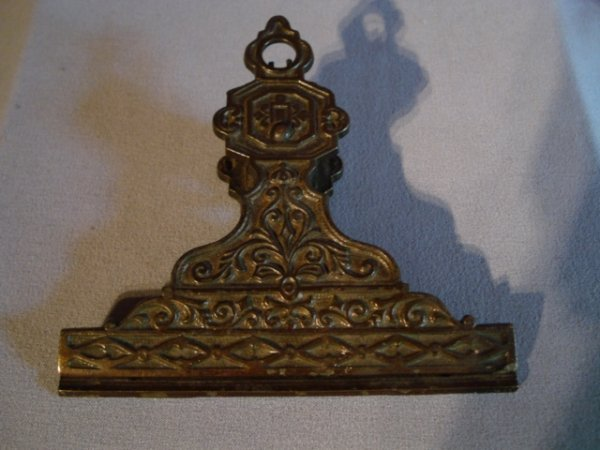 5: Cast iron bill clip