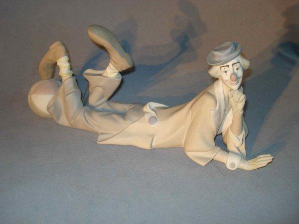 15: Lladro- Clown reclining