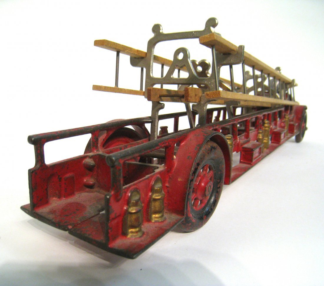 66: Cast Iron And Painted Fire Truck - 4