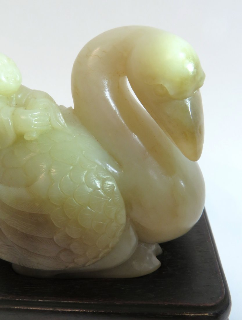 Qing Dynasty White Jade Goose Carving - 3