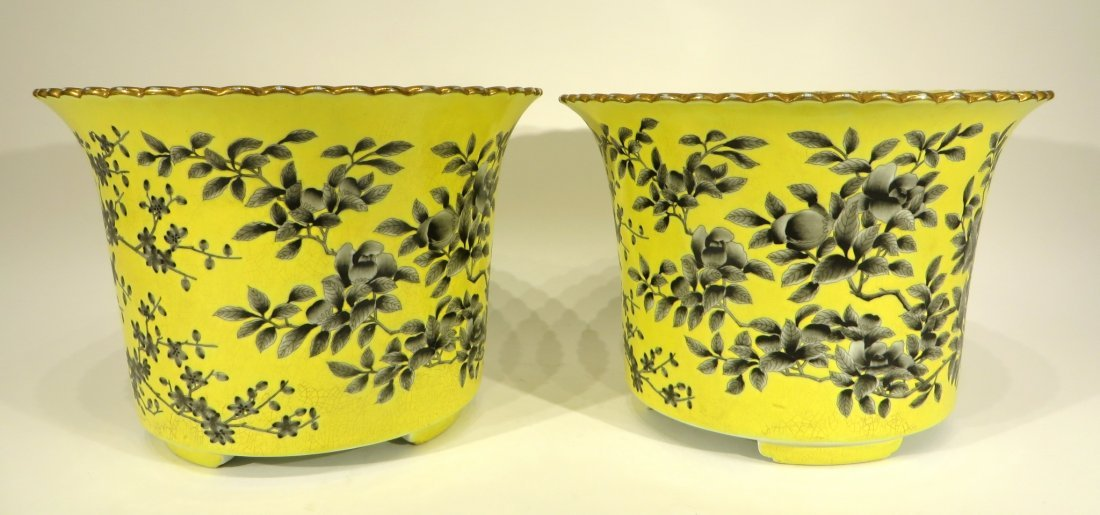 PAIR OF 19TH CENTURY FAMILLE JAUNE PLANT POTS - 5