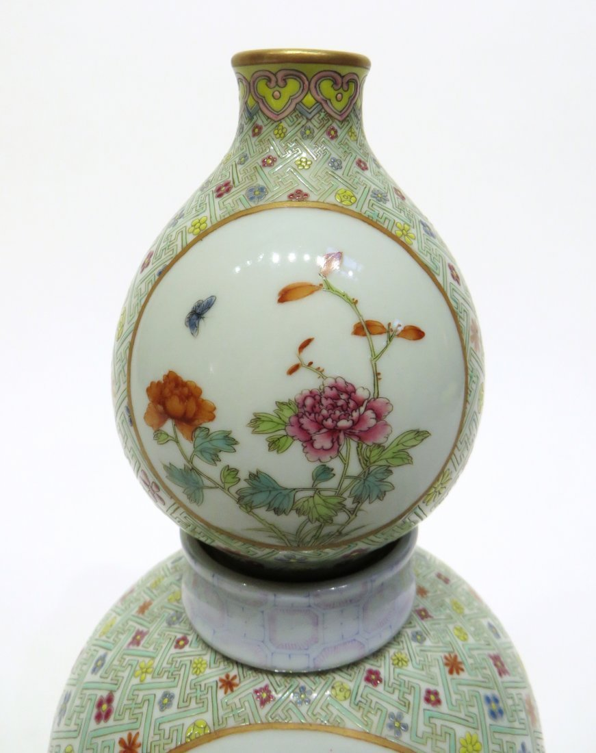 CHINESE FAMILLE ROSE DOUBLE GOURD VASE - 2