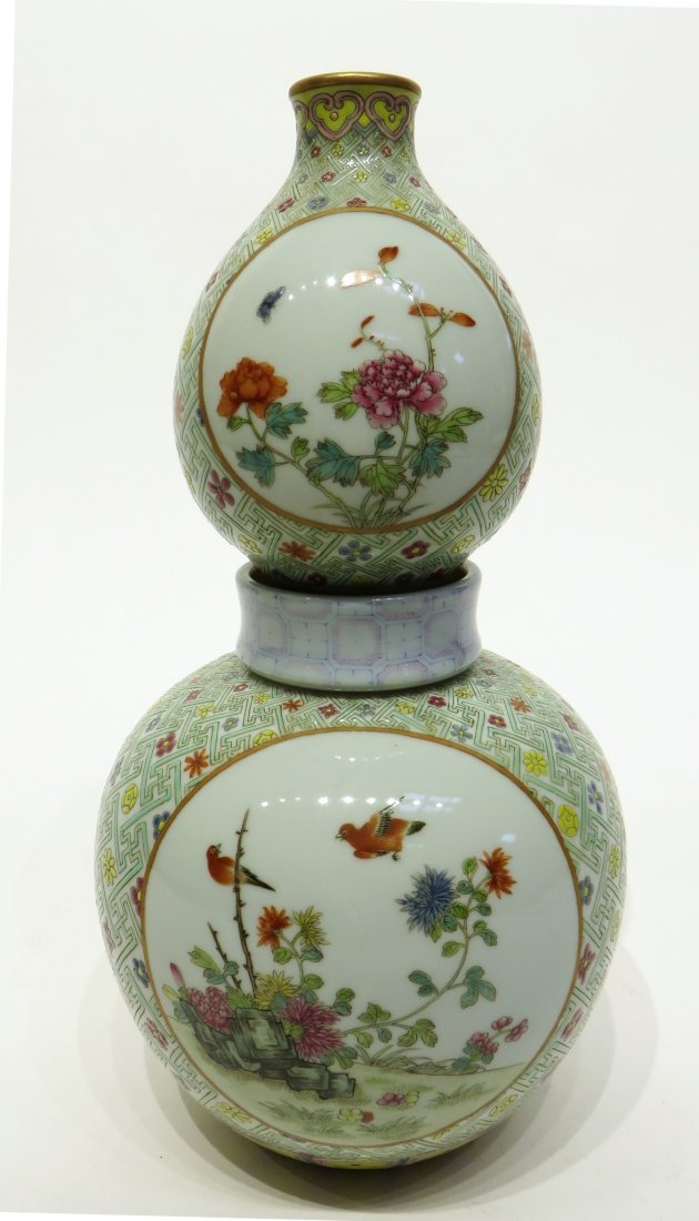CHINESE FAMILLE ROSE DOUBLE GOURD VASE - 7
