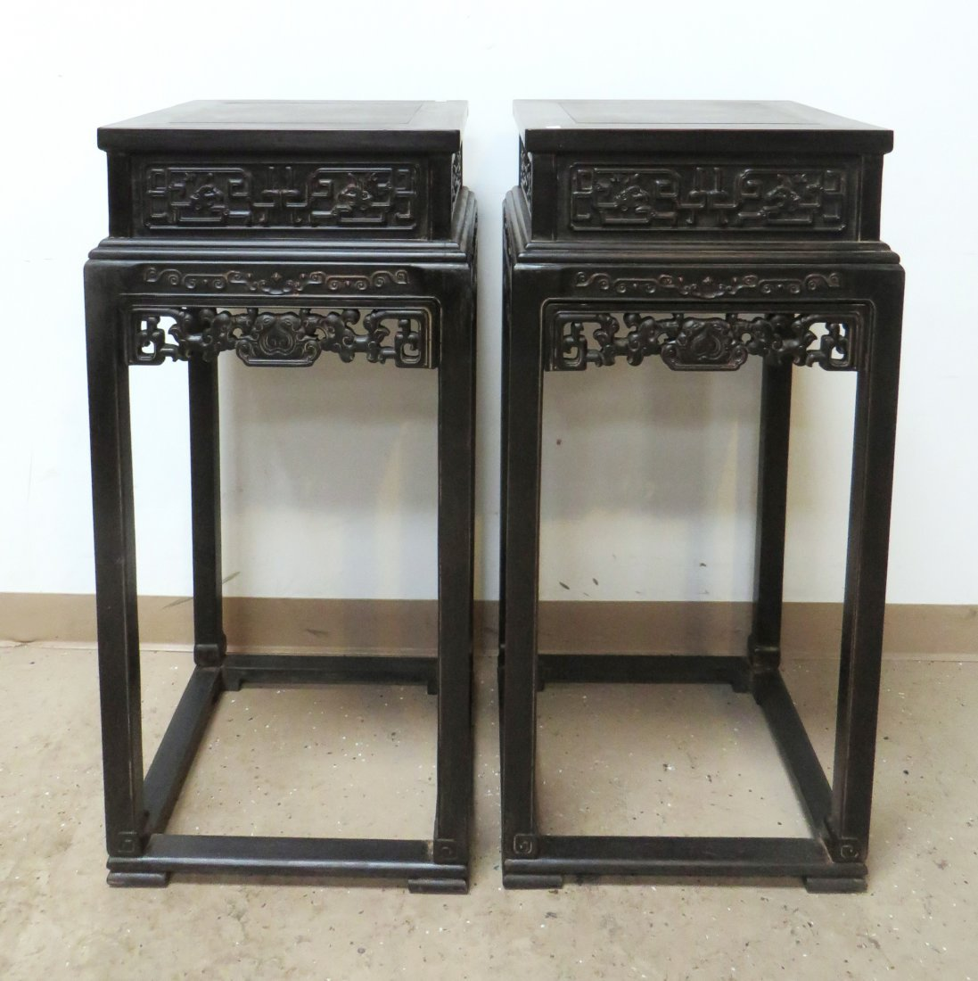 PAIR OF CHINESE ZITAN FLOWER STANDS - 2