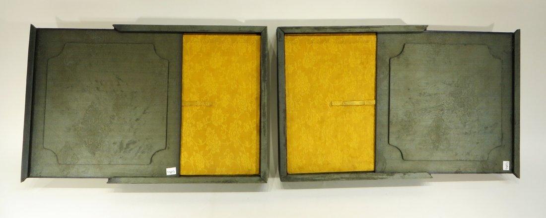 PAIR OF YONG ZHENG PLATES IN ORIGINAL BOX - 10