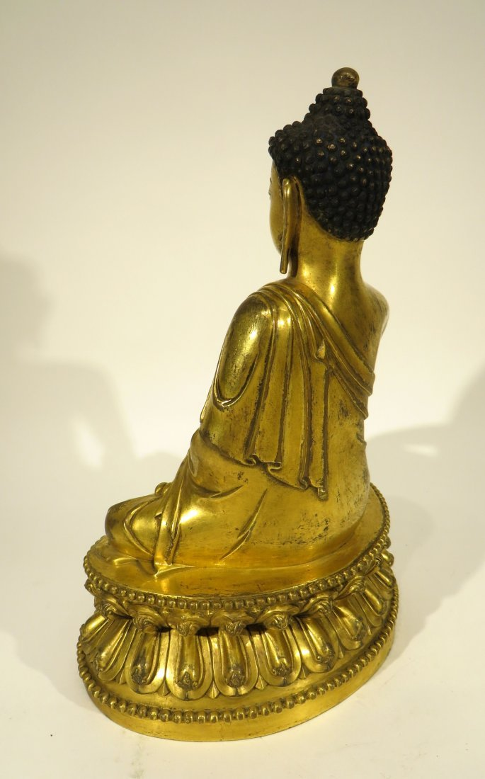 CHINESE MING DYNASTY GILT BRONZE BUDDHA - 3