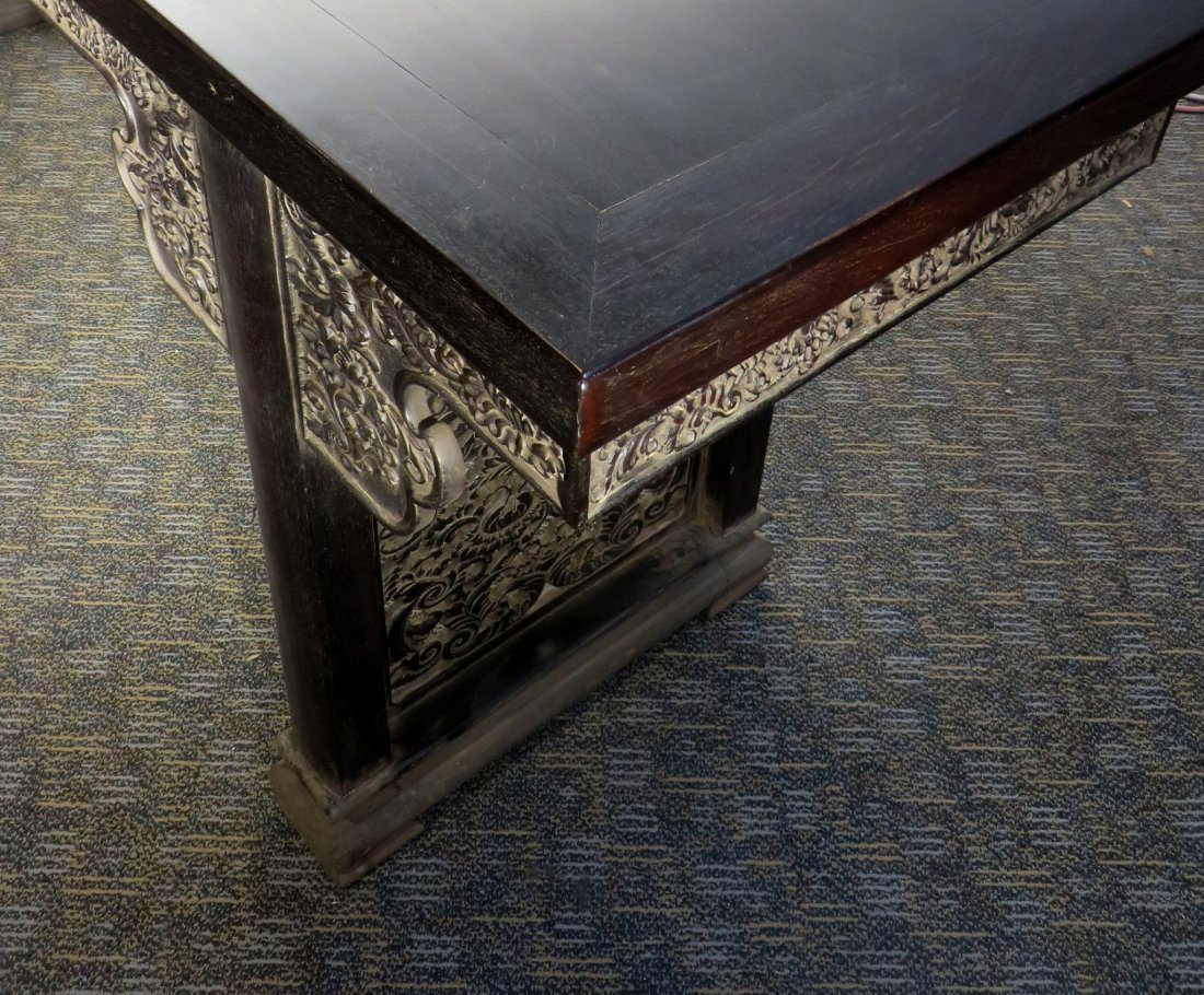 LARGE ZITAN PAINTING TABLE - 7
