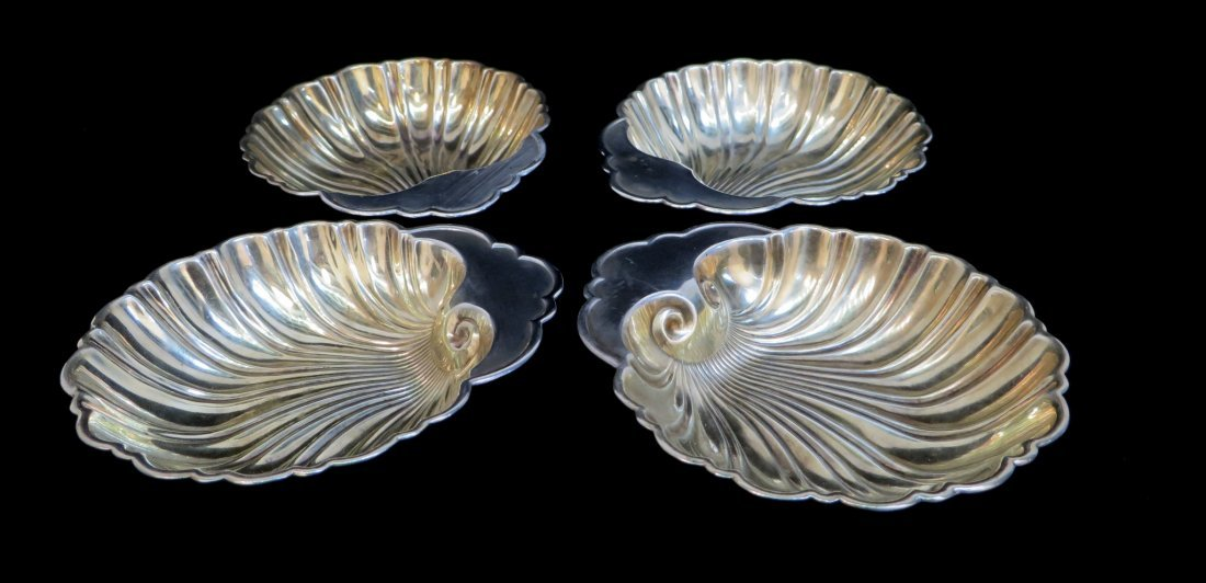 FOUR GORHAM SHELL SHAPED STERLING NUT BOWLS - 7