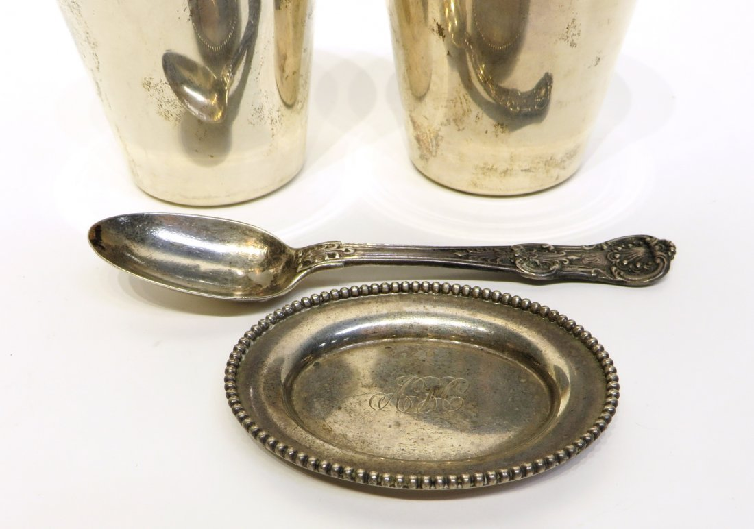 FIVE ECLECTIC PIECES OF STERLING SILVER - 4