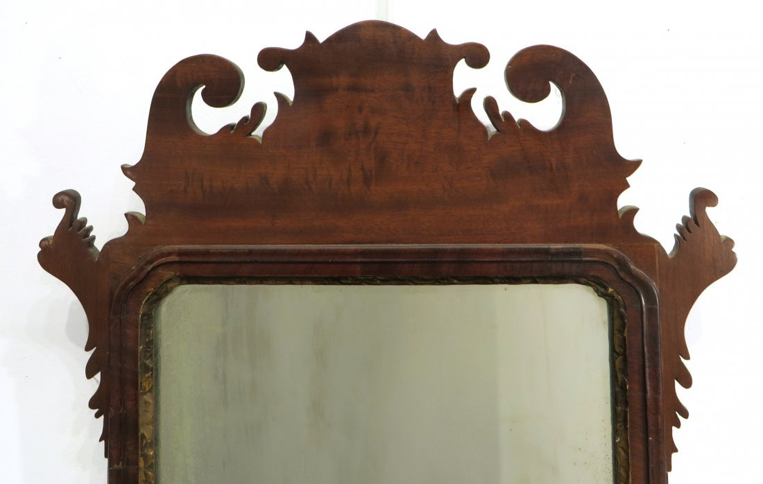 CHIPPENDALE MIRROR 18-19TH C. AMERICAN - 2