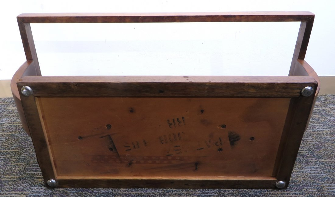 SMALL ART DECO COFFEE TABLE - 3