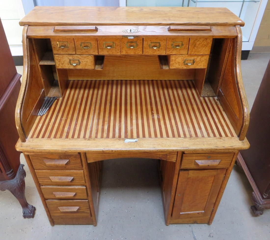 LATE 19TH C. ROLL TOP DESK - 3