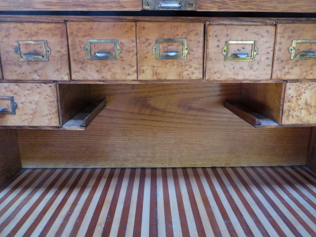 LATE 19TH C. ROLL TOP DESK - 4